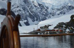 qué ver y hacer en la Península Antártica