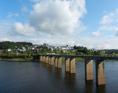 los encantos de Portomarin en Galicia