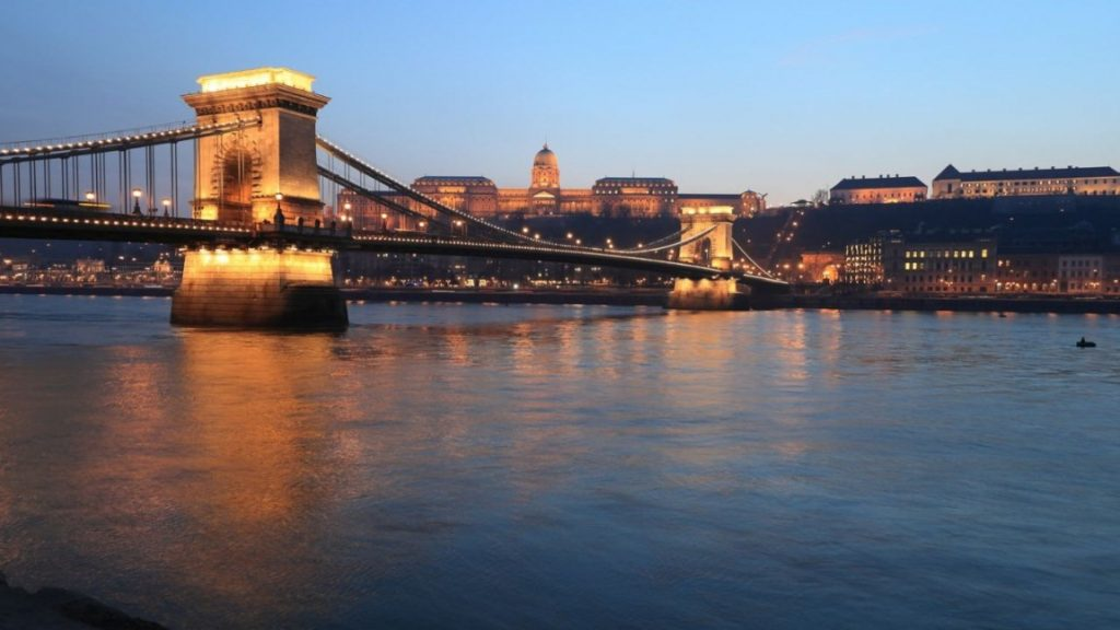Viajar a Budapest