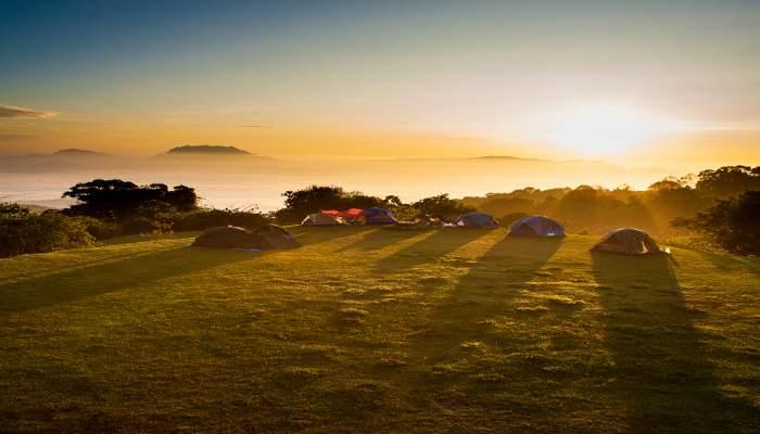 lugares para ir de acampada en familia