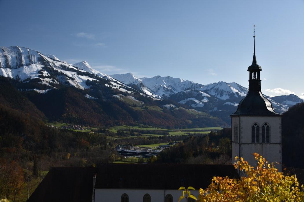 ciudades y pueblos navideños de Suiza